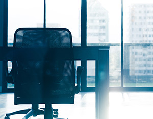Can you extend an employee's probationary period?